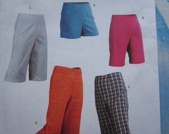 Butterick 4552 Trousers, Pedal Pushers and Shorts Sewing Pattern 14-20