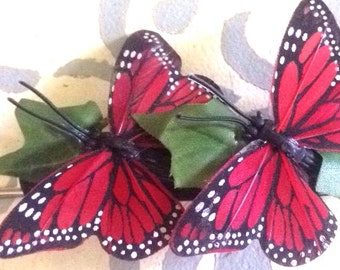 Butterfly barrette with Ivy leaves