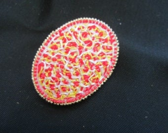 Brooch yellow and red