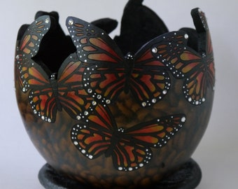 Monarch Butterfly Gourd Planter