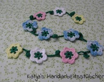 Flower garland / decoration