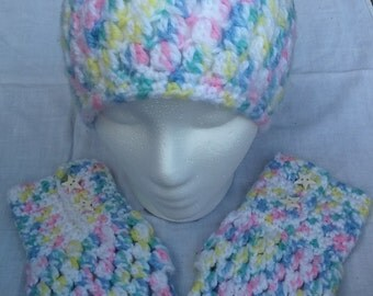 Cluster hat with matching gloves
