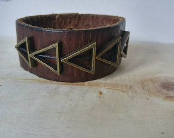 Genuine leather cuff with Metal string beads