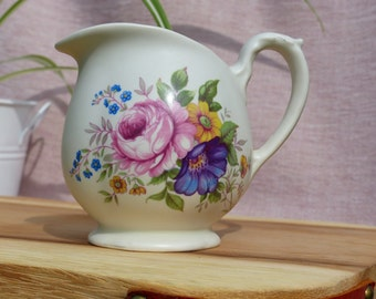 Vintage Flower Pattern Soy Wax Scented Candle Jug