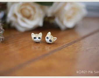 Cat Earrings handmade by Me! polymer clay, hand sculpted, Cat, Kawaii, PetPolymer