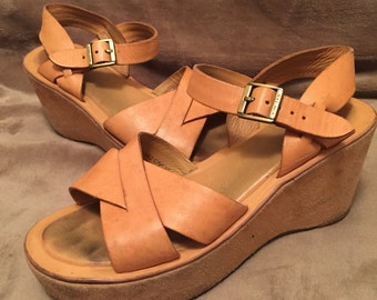 Kork-Ease Platforms Wedge Sandals 70's Shoes Sz 7 38 Tan Leather and Suede