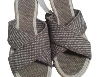 Hemp Slippers for Women, 100% hemp (coating, insole).