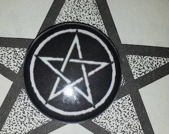 Pentagram 1 inch pin button