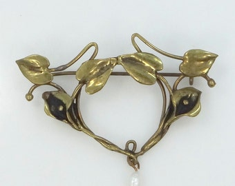 Art Nouveau Gold Filled and Freshwater Pearl Pin