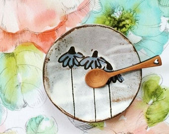 Pottery spoon rest with flowers - modern ceramics ceramic dish ring holder flower drawing - blue white black