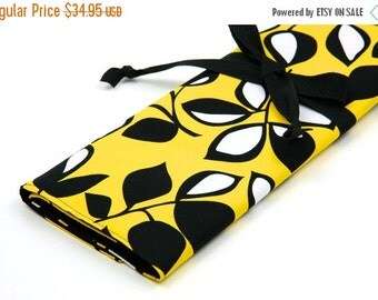 SALE Large Knitting Needle Case - Laughing Leaf - Multi 30 black pockets for straight, circular and dpns