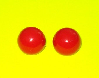 Vintage 1950s Red Round Circle Button Earrings