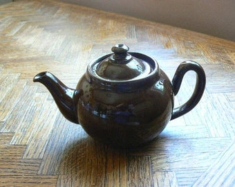 Vintage Brown high shine Teapot from Japan