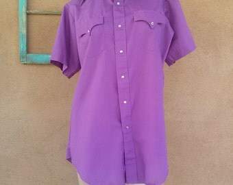 Vintage 1970s Western Shirt Pearl Snaps Short Sleeves Orchid Mens 38 40