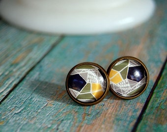 geo style framed post earrings- aged brass - spring style