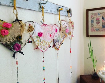 Granny Chic Heartcatcher Valentine Doily Vintage Lace