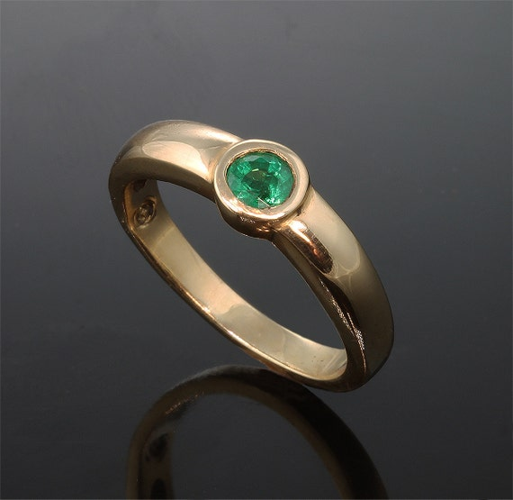 14k gold emerald stackable ring by cavallo jewelry