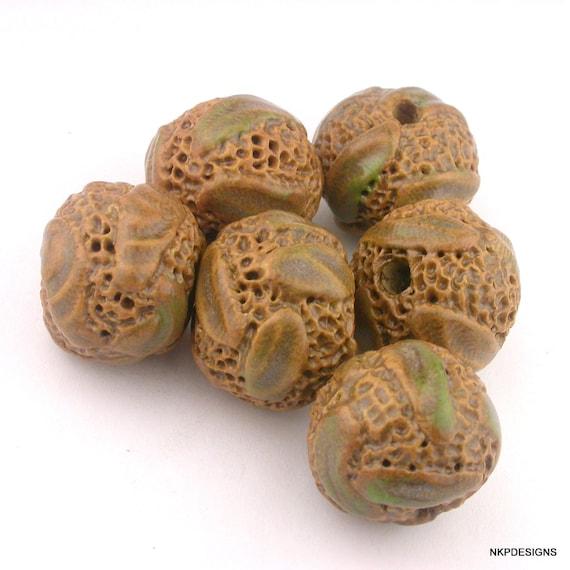 Natural Tones Sprig Round Stoneware Bead Set