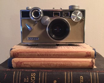Vintage Argus 50mm coated cintar camera