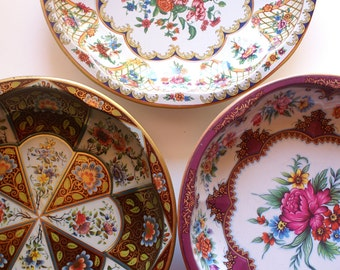 Three Daher Tin Bowls, Floral Flower Set Made in England