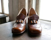 1920s Modern Miss Ruth & James Caramel Loafer Heels US 5 to 5.5