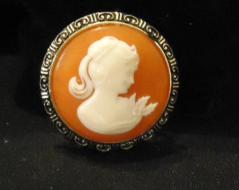 Orange Brown Rust Gold Cameo Scarf Clip Made in Western Germany Cream Beige Off White Profile Round Shaped 1960s Costume Jewelry Accessories