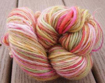 ROSE PETAL Handspun Wool Yarn Cheviot 293yds 3.25oz 10wpi aspenmoonarts worsted artyarn knitting