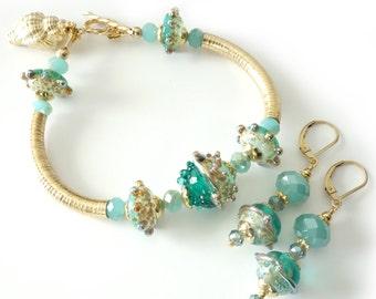 Lampwork Bangle Bracelet and Earrings, Beach, Ocean, 14k Gold Filled, Crystals, Gold Seashell Charm, 2 Piece Set, Beaded Bracelet