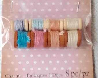 MINIATURE Thread spools w/thread (8) pcs needle felting 3/8 inch