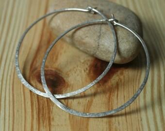 Handmade hammered silver tone large infinite circular hoop 45mm, one pair (item ID ST5-3G18)