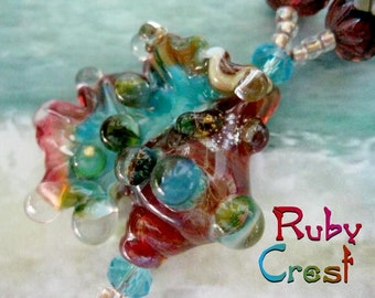 Ruby Crest Glass Lampwork Sea Shell Bead Necklace by HelensHarvest