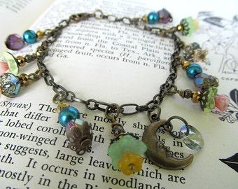 Garden Moon Charm Bracelet, Glass Bead Bracelet, Flower Beads, Crystal Bracelet, Bohemian Jewelry, Brass, Gift Idea for Her, Love You Moon