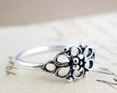 Flower ring, Sterling Silver, Art Deco, Rosette