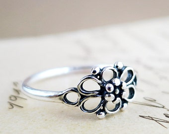 Flower ring, Sterling Silver, Art Deco, Rosette