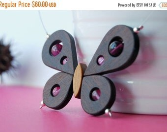50 % off Butterfly wood necklace - Pinky