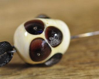 Spinner's Fetch Hook (Orifice hook) Ivory with black