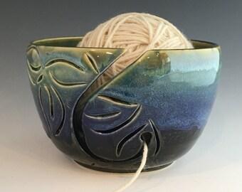 Yarn Bowl - Leaf Yarn Bowl - Knitting Bowl - Ceramic Yarn Bowl - Handmade Yarn Bowl - Blue Green Yarn Bowl