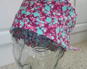 Tie Back Surgical Scrub Hat with Violet Turquoise Tiny Blooms