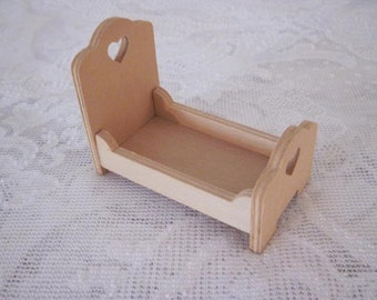 Miniature Doll House Unfinished Childs Bed Pennsylvania Dutch Craft