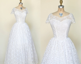 30% OFF 1950s Lace Wedding Dress --- Vintage Full Length Wedding Gown