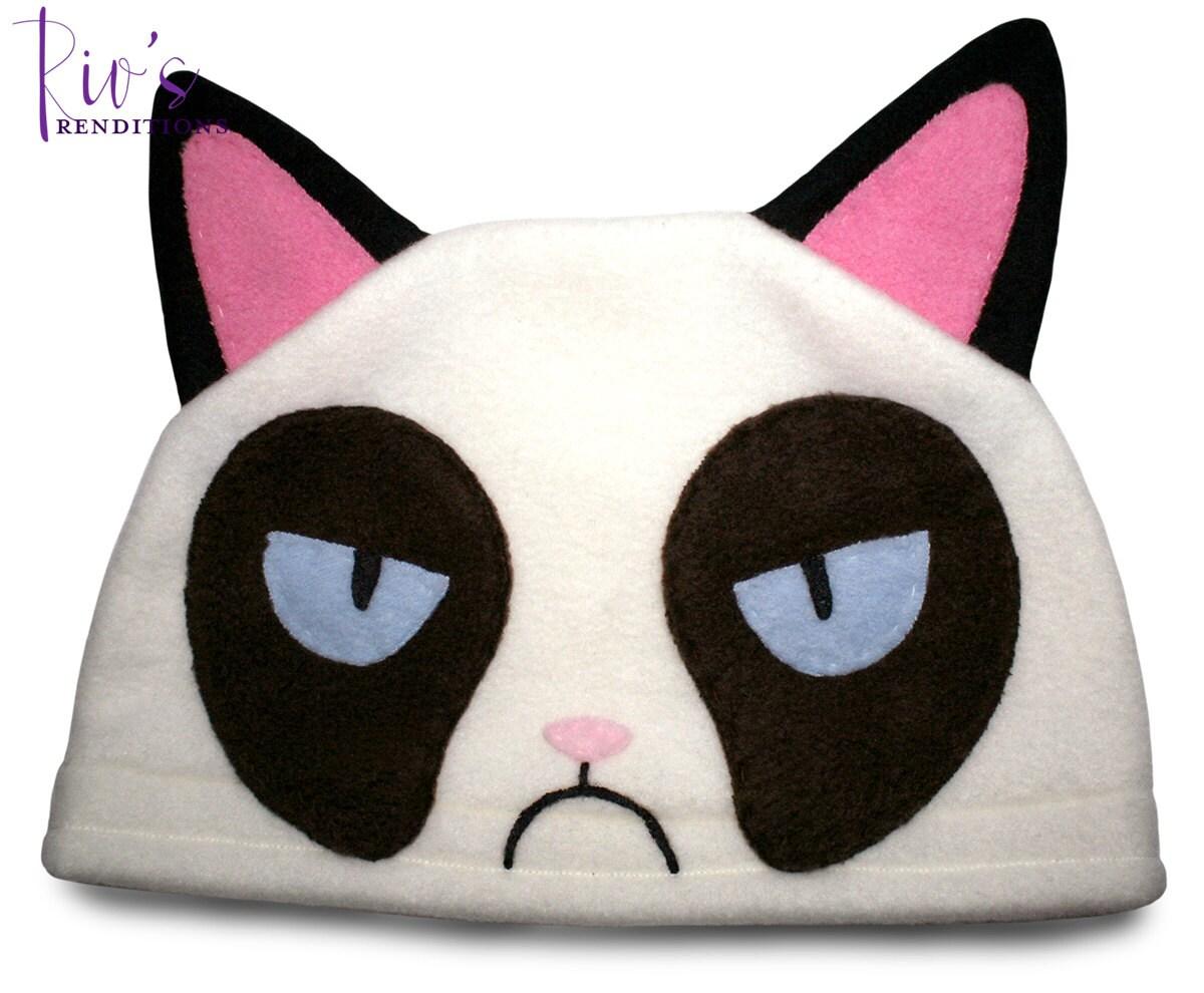 fleece character hat grumpy cat fleece hat super cozy. Black Bedroom Furniture Sets. Home Design Ideas