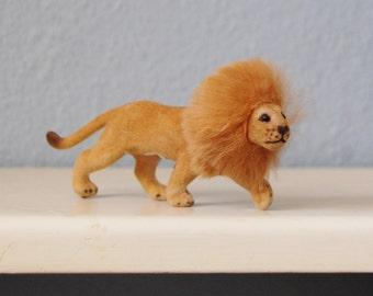 Vintage 1970s Kunstlerschutz Lion Original Rabbit Fur Mane West Germany Fuzzy Figurine