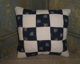 Vintage Quilt Pillow | Antique Quilt Pillow | Old Quilt Pillow | Primitive Pillow | Cupboard Tuck | Shelf Sitter | Small Quilt Pillow