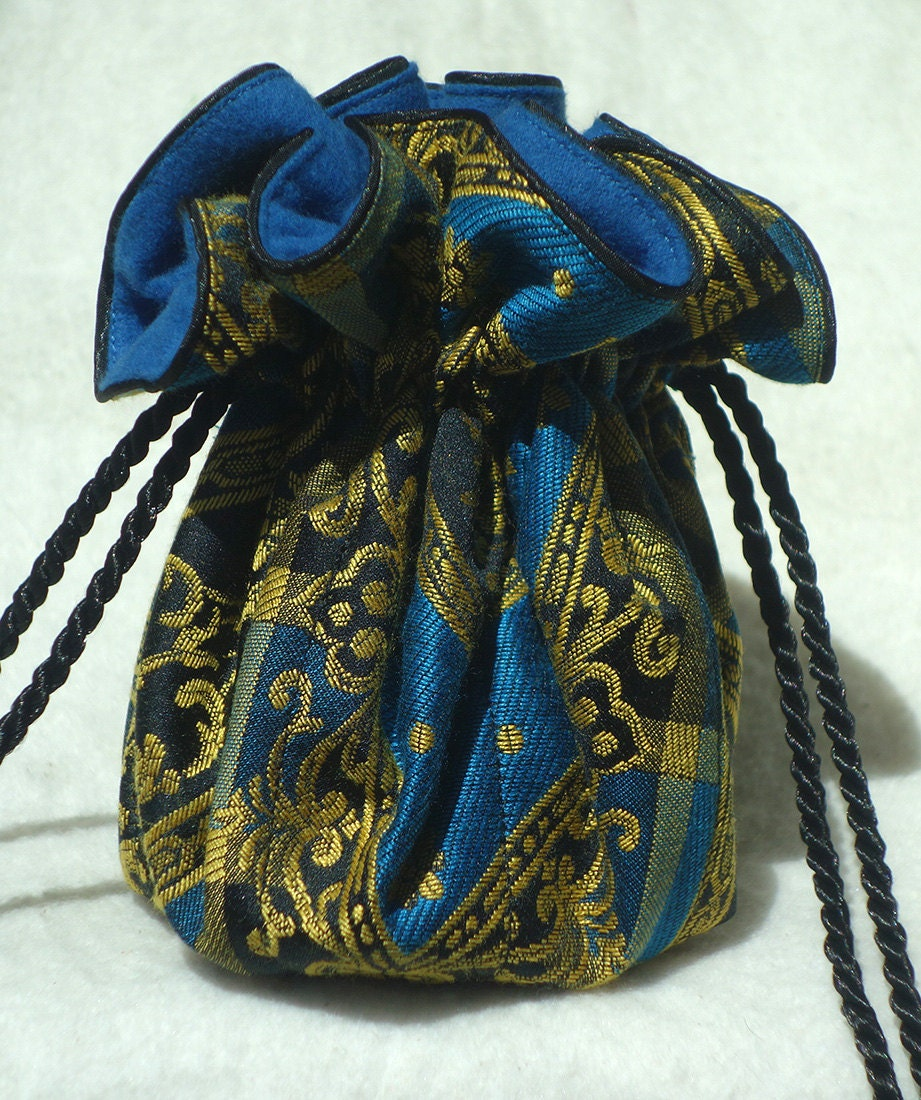Rococo anti tarnish jewelry pouch with blue lining for Anti tarnish jewelry bags