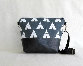 Cross Body Purse // Day Bag //  Gray // Tee Pee // Summer Fashion