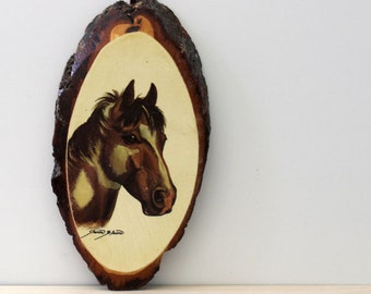 Pretty Pony. Vintage wood wall plaque.