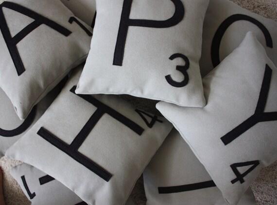 1 Scrabble Letter Pillow CASE ONLY // Scrabble Tile Pillow // Letter Pillow Cushion // Family Room // Game Room // Spelling // Alphabet
