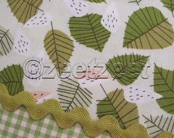 LIZZY HOUSE Strawberry Field Tossed LEAVES Laurel White Leaf Green Andover Quilt Fabric by the Yard, Half Yard or Fat Quarter Fq Lovely Hunt