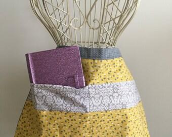 Apron Waist Half Art Craft Vendor Teacher iPad Device Gray Yellow Fabric (6 Pockets)