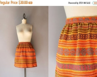 STOREWIDE SALE Vintage 1960s Mini Skirt / 60s